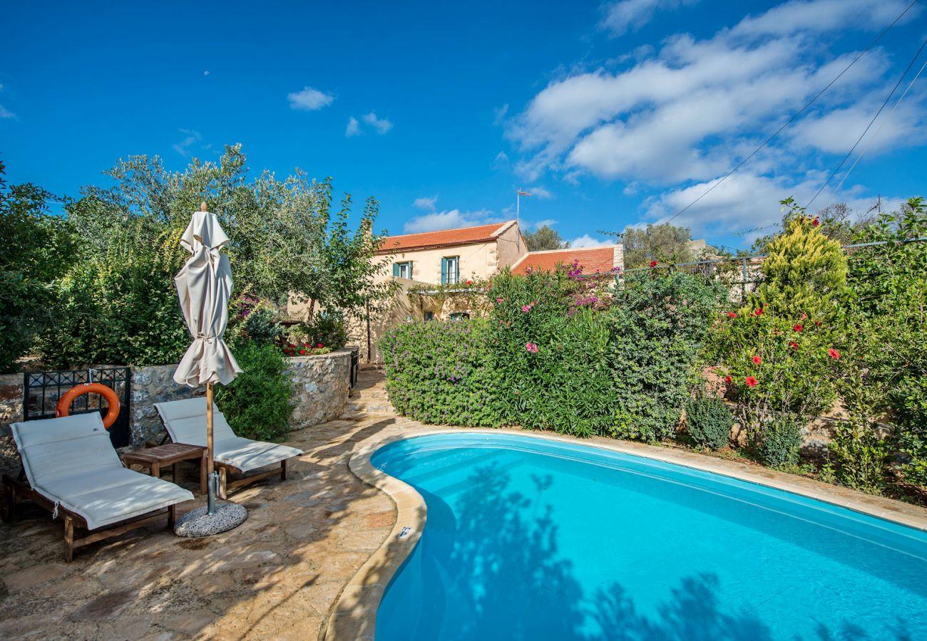 Villa in Stylos - Villa Vigla