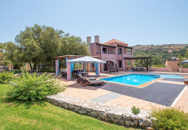 Armeni - Villa