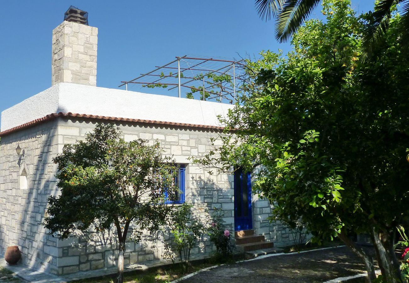 Villa in Varipetro - Maros Spitaki