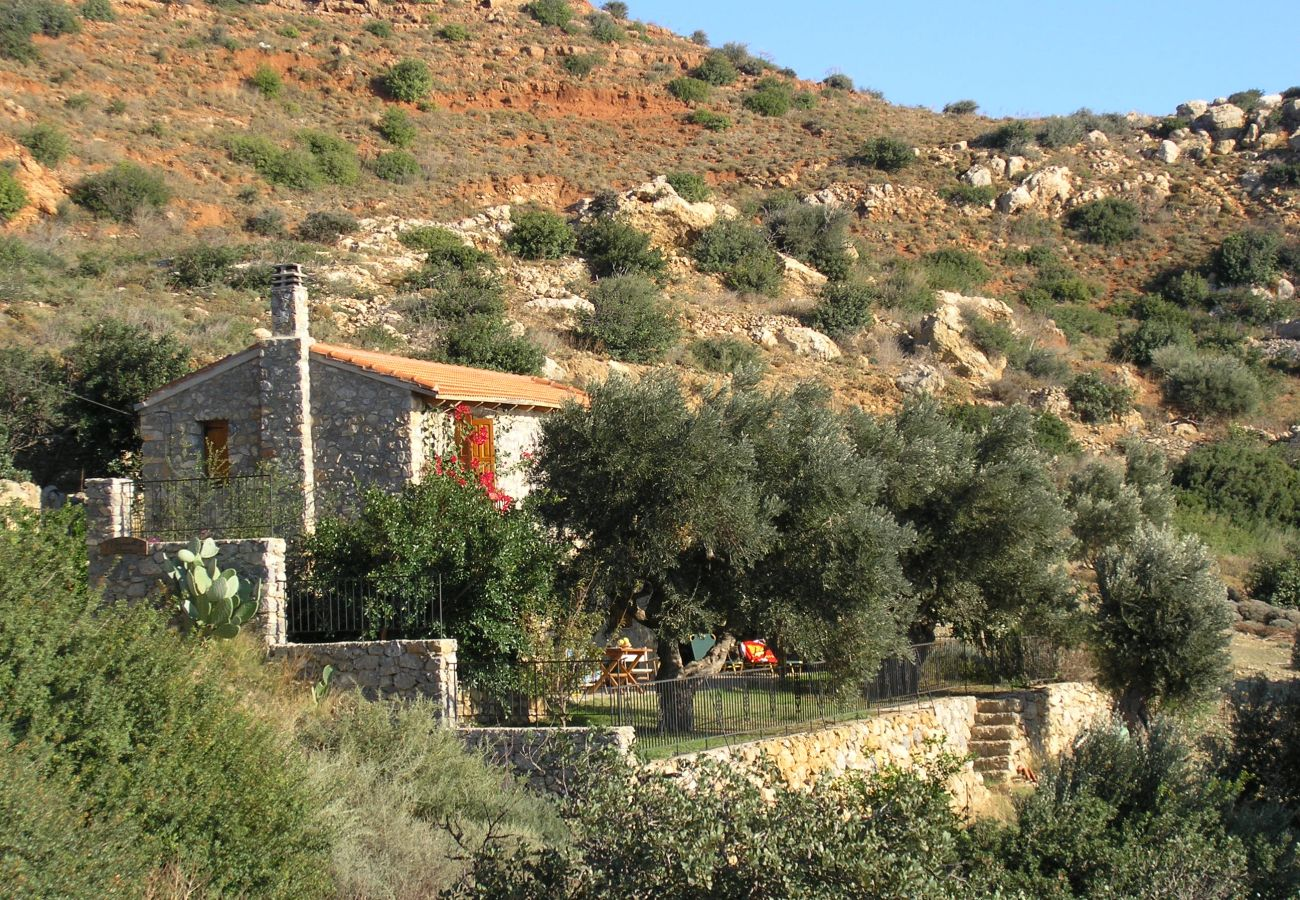 House in Agia Paraskevi - Manolis House