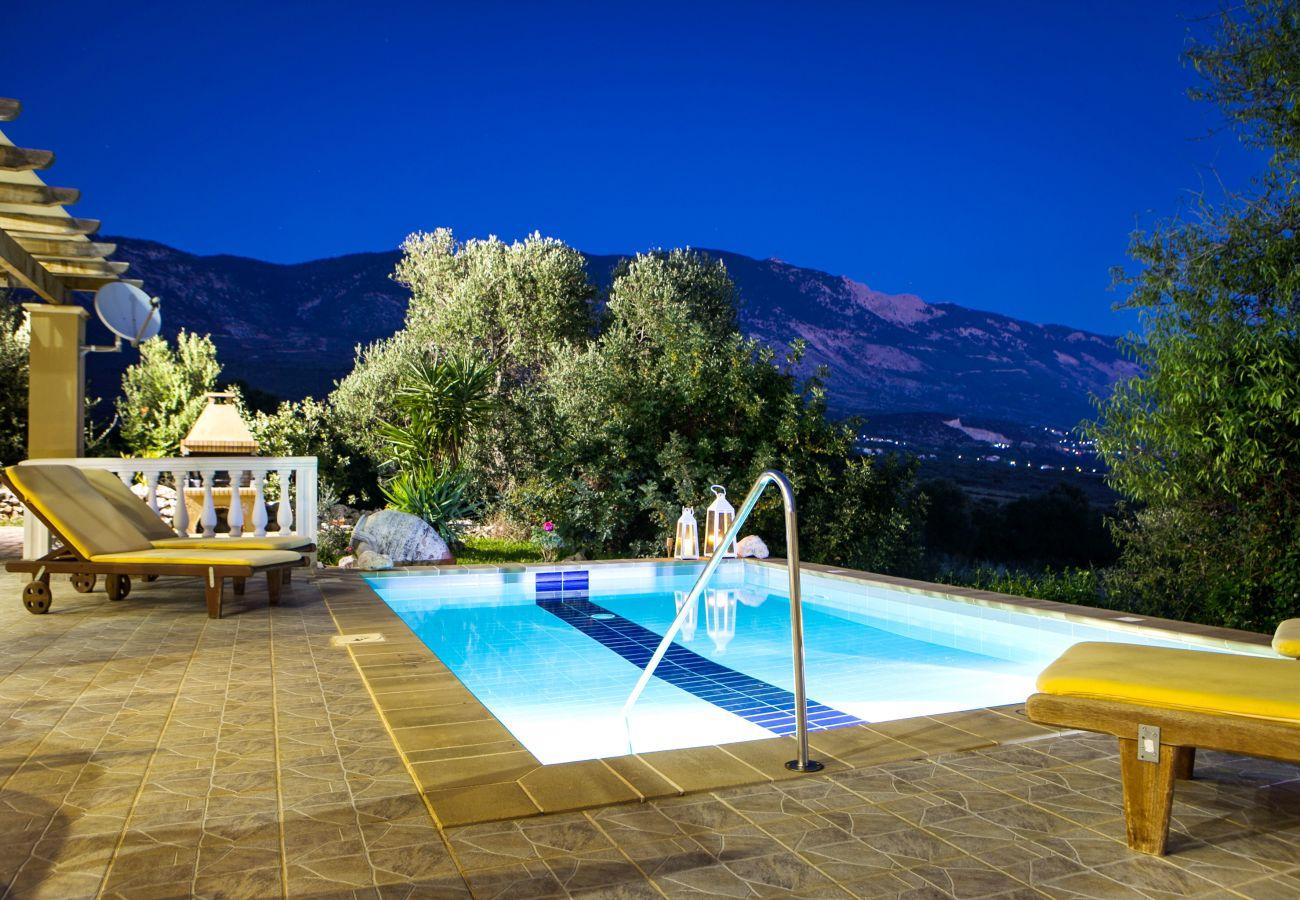 Villa in Karavados - Villa Yianna