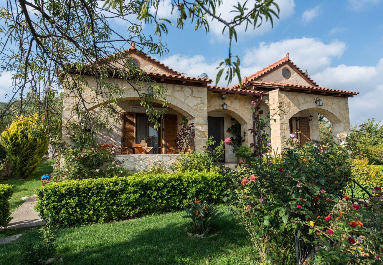 Villa in Armeni - Villa Toula