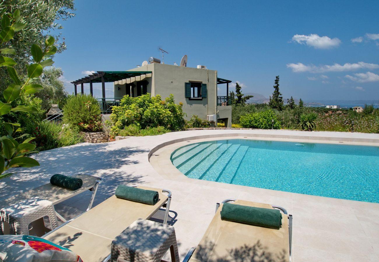 Villa in Almyrida - Villa Nynemia