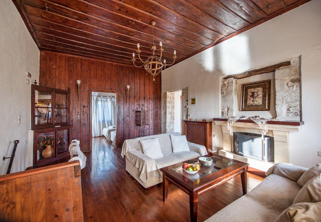 Villa in Vrises - Villa Faye