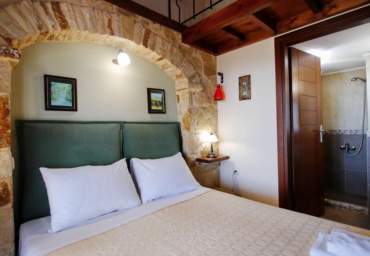Villa in Vrises - Villa Avra