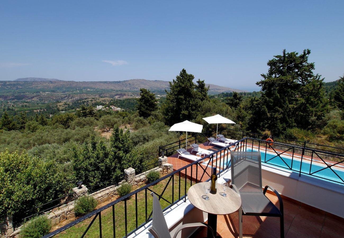 Villa in Vrises - Villa Artemis