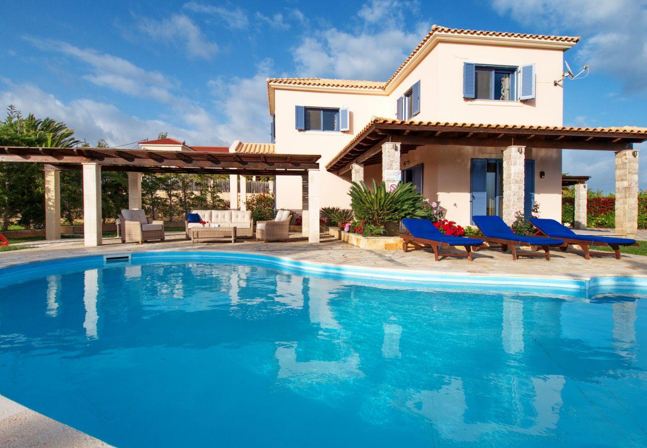 Villa in Spartia - Villa Anemos