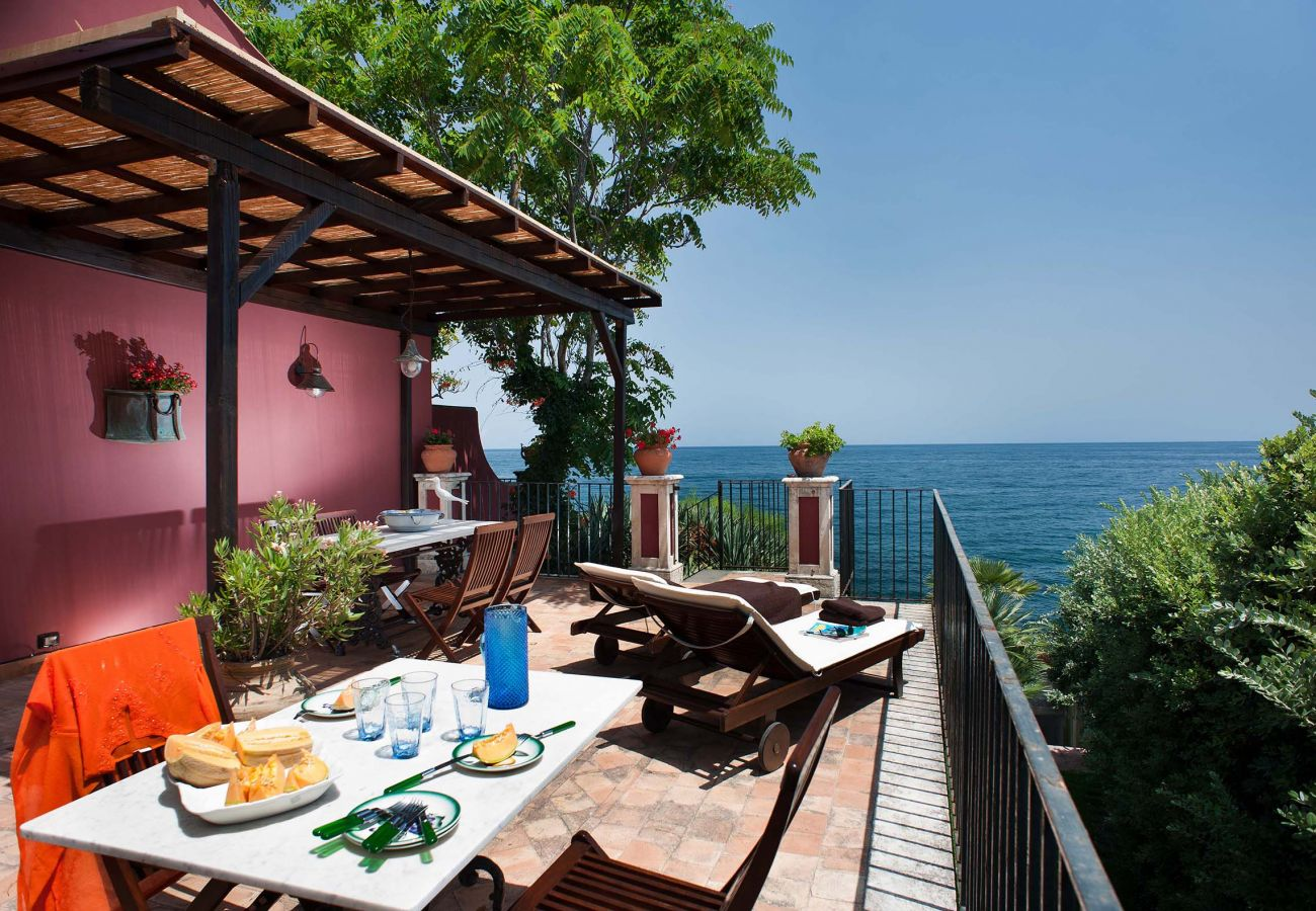 sicily sea view apartment