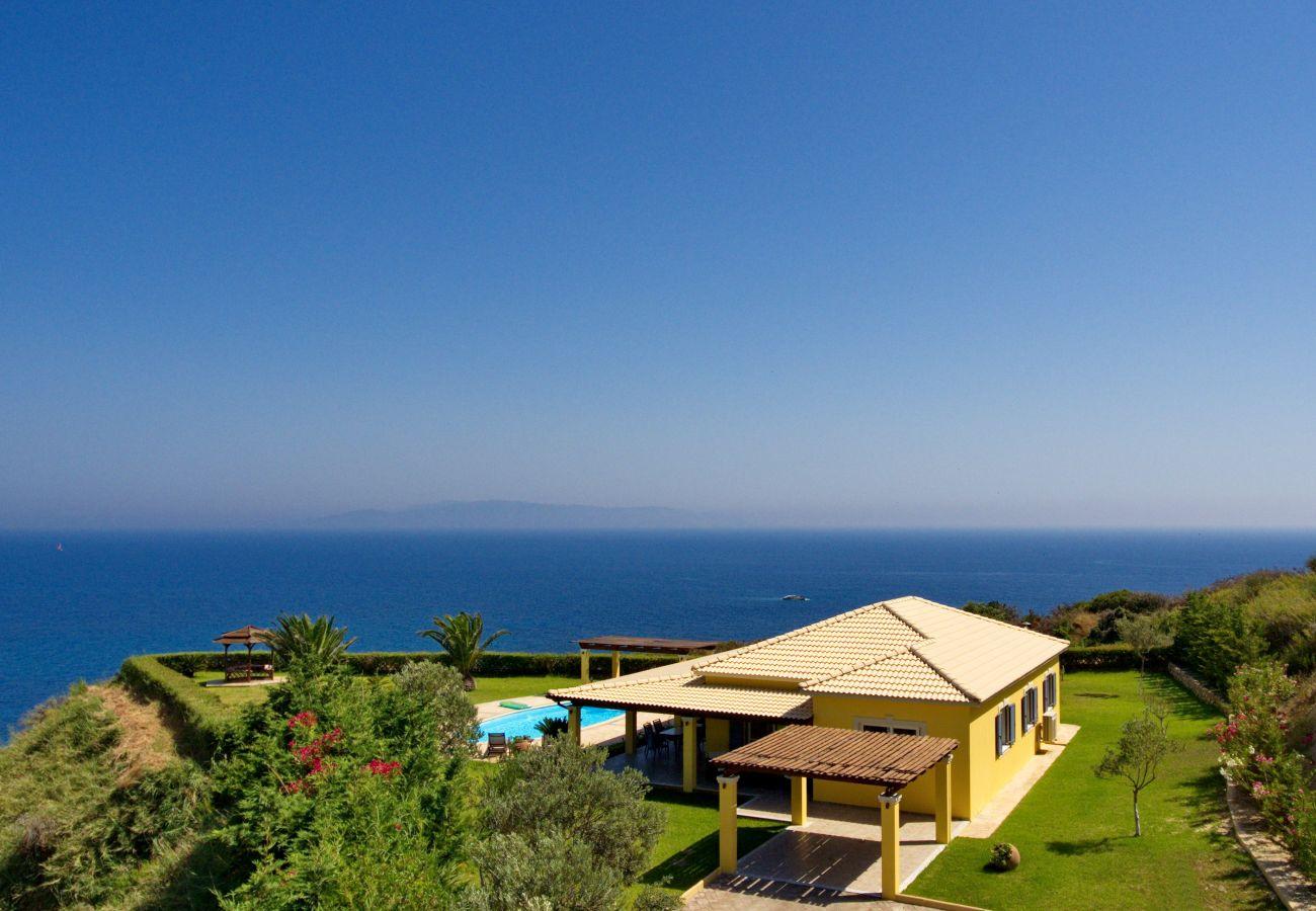 Villa in Spartia - Villa Hephaestus